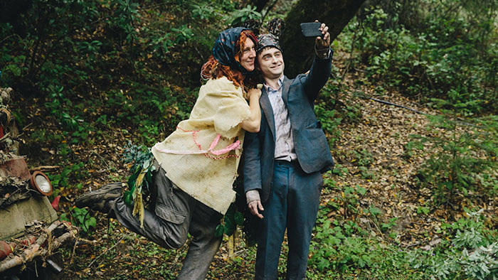 Paul Dano e Daniel Radcliffe in Swiss Army Man