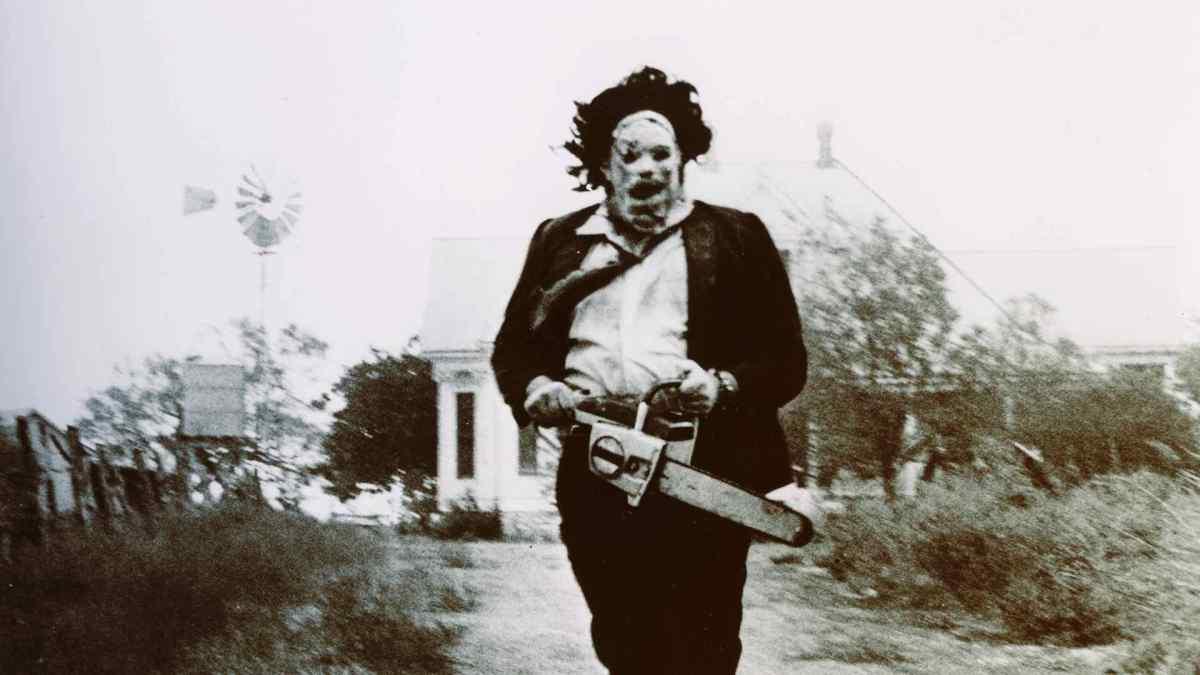 Leatherface, il trailer svela le origini del killer di Non aprite quella porta