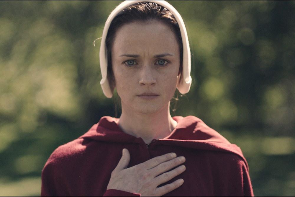 Alexis Bledel quasi irriconoscibile nella nuova serie The Handmaid's Tale
