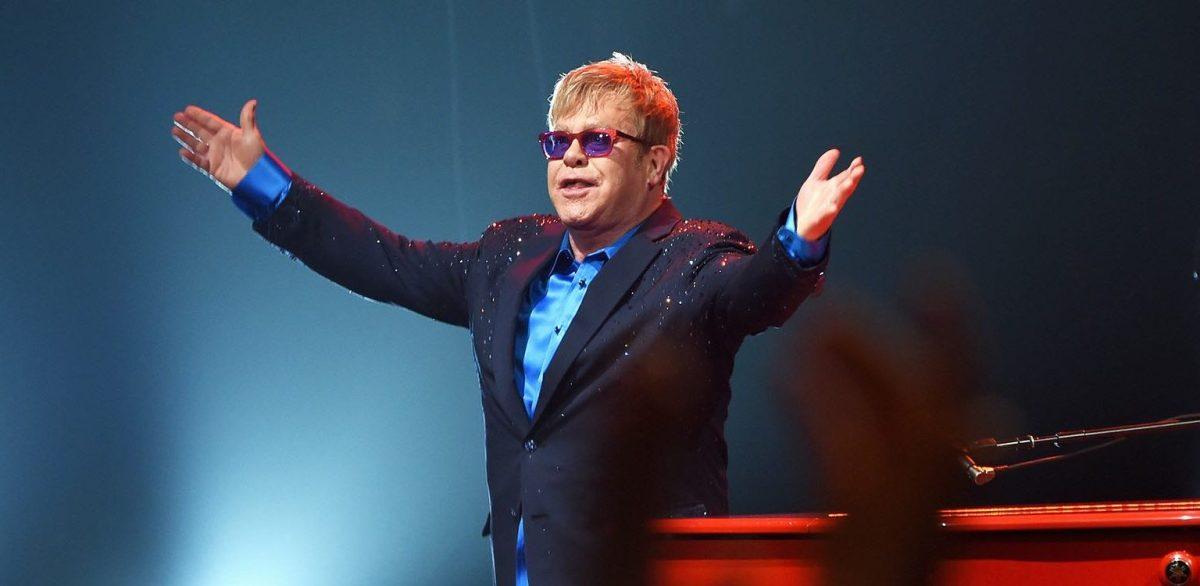 Elton John a Cannes 70: tre videoclip inediti dei suoi successi anni '70