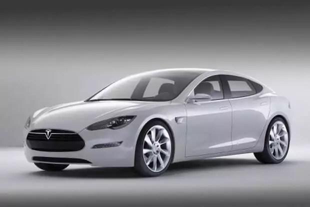 """""""Schlange"""" lädt das Tesla Model S automatisch auf"""