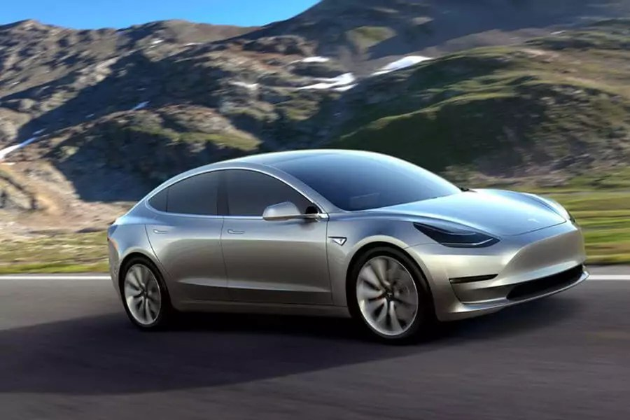 Tesla Model 3: Performance-Modell mit Allrad in Entwicklung