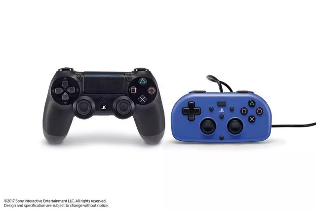 Sony DualShock 4 & Hori Mini Wired Gamepad