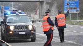 Isernia: I Carabinieri denunciano due persone per furto e segnalano uno straniero alla Prefettura per uso personale di sostanze stupefacenti.