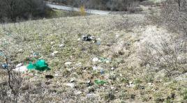 Rionero Sannitico: rifiuti abbandonati in località Cimerone nella frazione Montalto. La denuncia di alcuni cittadini contro il poco senso civico mostrato da alcuni.