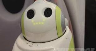 NEC PaPeRo: un robot controllato da Android
