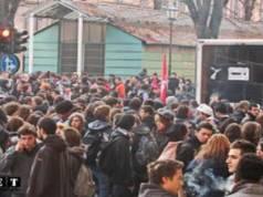 Массовая забастовка студентов в Италии