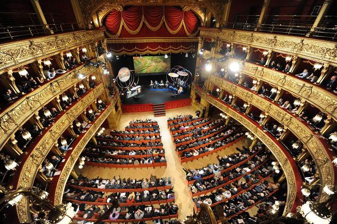 Театр Каринано в Турине полное описание