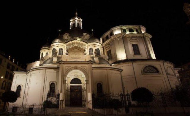Обзор церквей Турина Santuario-della-Consolata