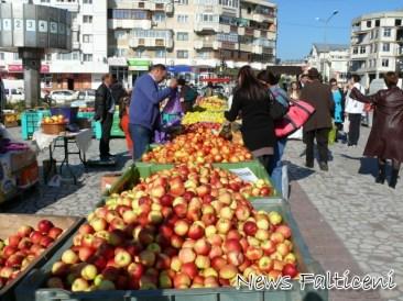Targul Marului comert cu mere
