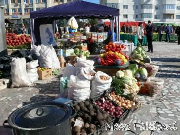 Targul Marului stand cu legume 2
