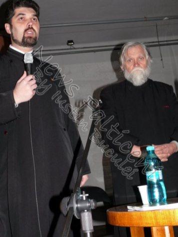 Preot Irimescu si preot Mihaila
