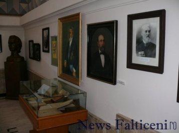 Falticeni-Expozitie foto 3