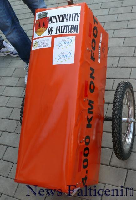 Falticeni-caruciorul cu bagaje