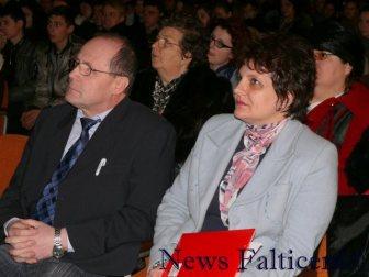 Falticeni-viceprimar Gh. Aldea si director Claudia Suseanu