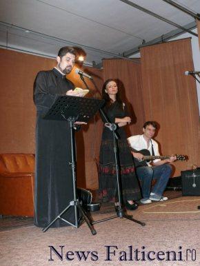 Falticeni-preotul Mihaila recita din lirica eminesciana