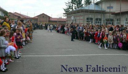Falticeni-Inceput an scolar 1
