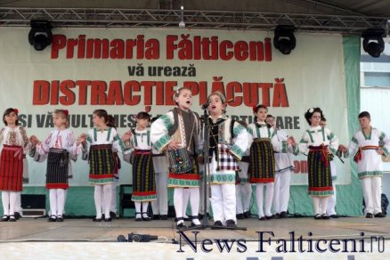 Falticeni-spectacol folcloric 5