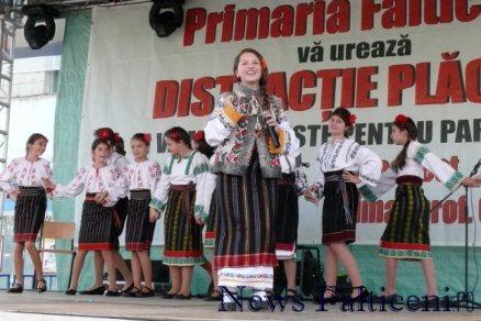 Falticeni-spectacol folcloric 6