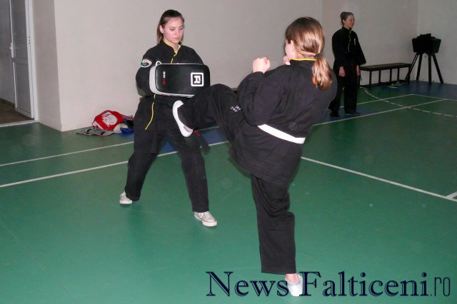 Falticeni-Antrenament lupte 4