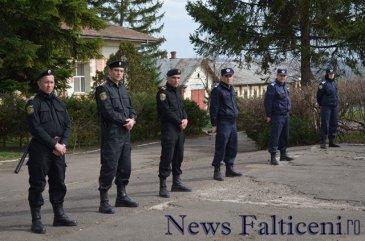 Falticeni-carabinieri Moldova 3