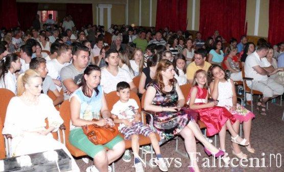 Falticeni-spectatori