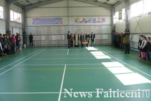 Falticeni -inaugurare sala sport 2