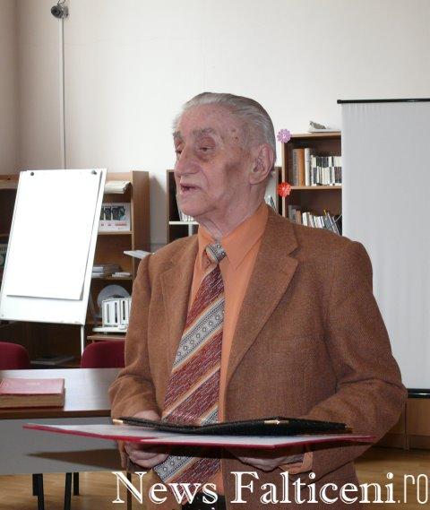 Falticeni-prof. C Popa multumeste pentru distinctii