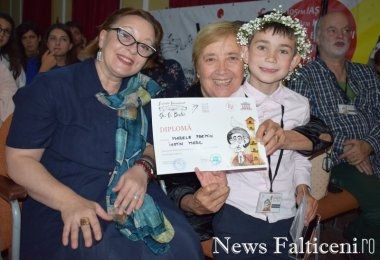 News Falticeni -Poezie 12 ani Loreette Enache_Ileana Popovici_Marele Premiu Iustin Marc_Vlad Radescu
