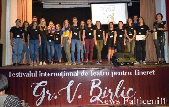 News Falticeni -Premiul Birlic il iubeste pe Cargiale Trupa Colb