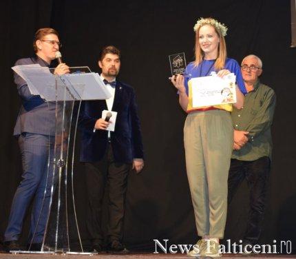News Falticeni -cea mai buna actrita rol secundar Oana Rotaru