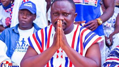 Photo of VIDEO: CAMPAIGN MESSAGE GONE WRONG as NPP Parliamentary Candidate for Asikuma Odoben Brakwa Insults Opponent