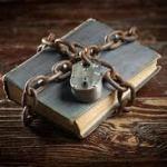 """Τρία """"απαγορευμένα"""" βιβλία"""