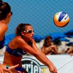 """""""Χρυσά"""" τα κορίτσια του beach volley"""