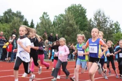 Bild zu Tolle Ergebnisse bei den 800 m Kreismeisterschaften in Unterlüß  (4.6.2012 )