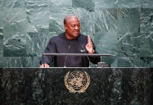 Ghana's President John Dramani Mahama speaks at the Sustainable Development Summit at United Nations headquarters in New York on Sept. 27, 2015.(Xinhua/Li Muzi)