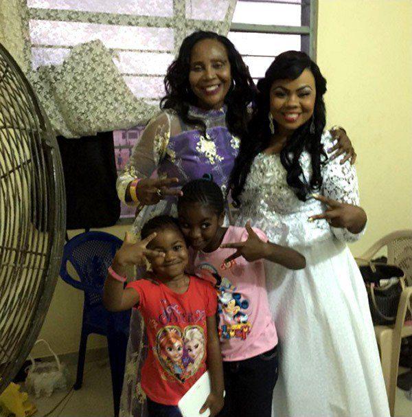 Gifty-Osei-and-family