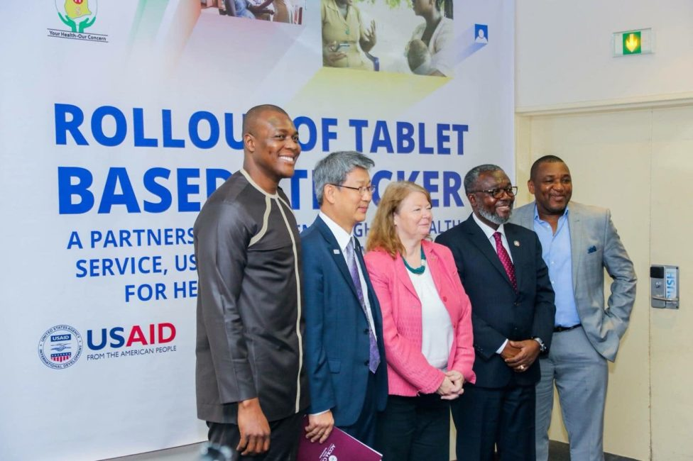 From right; Dr. Koku Awoonor, Director Policy Planning Monitoring Evaluation Ghana Health Service; Dr. Anthony Ansiah-Asare, Director General Ghana Health Service; Melinda Tabler-Stone, Deputy Chief of Mission USAID; Sungsoo Kim, His Excellency the Ambassador of Korean; Mr. Kelvin Ntiamoah-Sarpong Representative of Sumsung Electronics