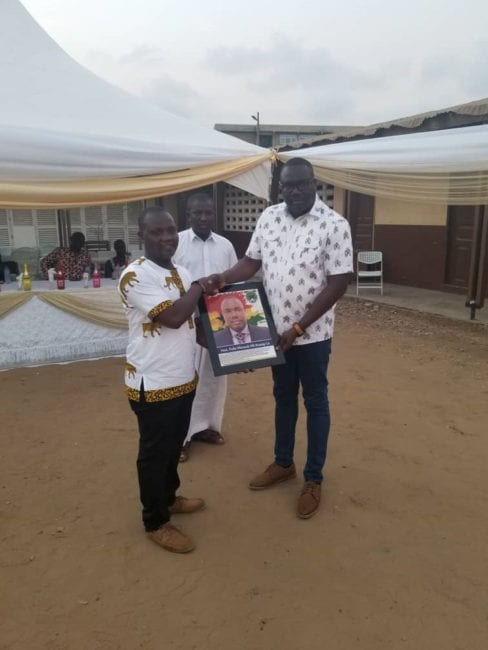 The Tema Mayor had been accompanied to the program on the night by the Tema East Constituency Chairman of the NPP, Nene Ofoe Teye and other executives from the Tema branches of the ruling party.