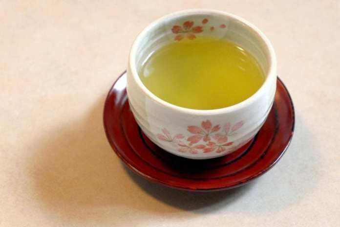 The researchers have called for further studies, suggesting that pesticide residue in green tea leaves could play a possible role.PHOTO: ST FILE