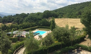 The pool at Foresteria di San Leo