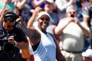 Taylor Townsend celebrates her win over Sorana Cirstea.