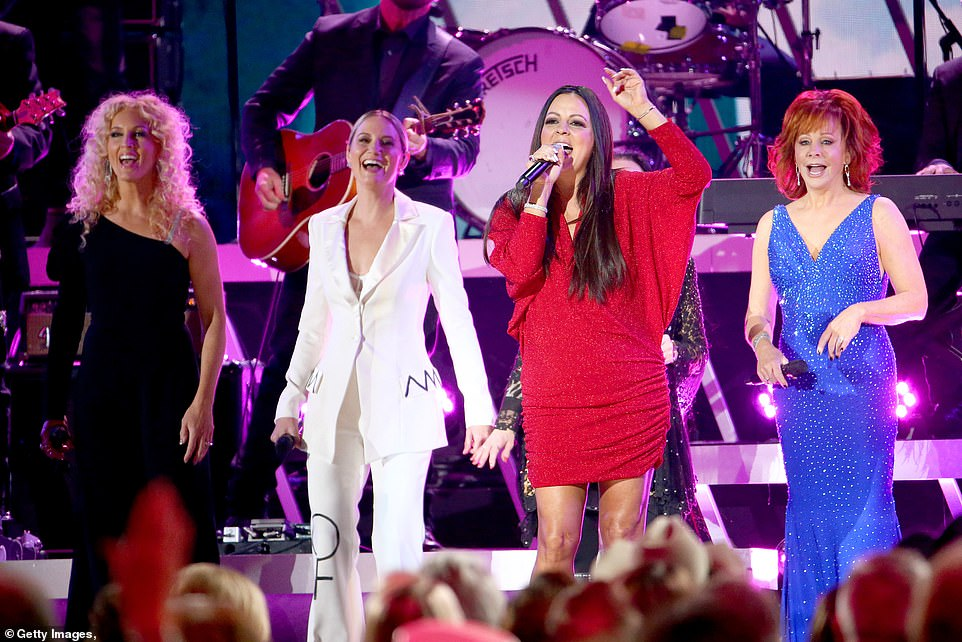 Medley:That kicked off a medley spanning several decades of country music by Terri Clark, Sara Evans, Crystal Gayle, The Highwomen, Martina McBride, Jennifer Nettles, Tanya Tucker and Gretchen Wilson