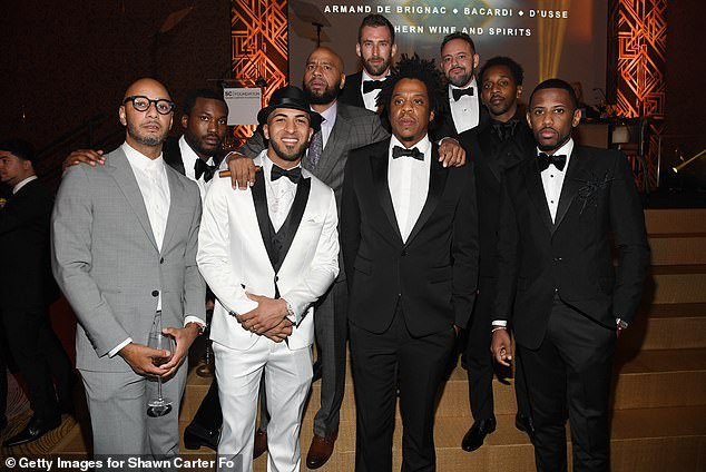 Spectacular: Swizz, Meek, Eddie Rosario, Jay, Fabolous, MR. Ruggs, Alex Todd and Kyle Thousand got together for a sensational group shot in the casino