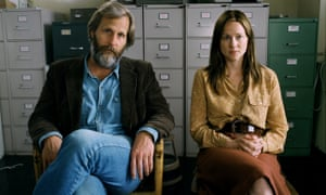 Jeff Daniels and Laura Linney in Baumbach's 2005 film The Squid and the Whale.