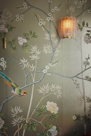 De Gournay Chinoiserie Portobello wallpaper in the master bedroom.