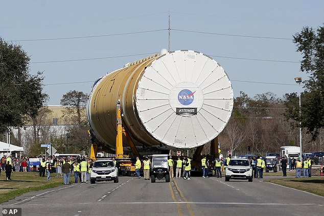 When the core arrives at the Stennis site, it will be lifted into a stand and subjected to comprehensive tests of both its avionics and propulsion systems as well as its four RS-25 engines, which will undergo an eight-minute test burn