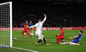 Olivier Giroud fires a shot across the face of the goal.