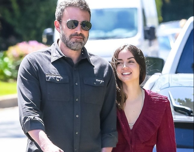 Brentwood, CA - Ben Affleck and new girlfriend Ana de Armas are all smiles while they break from isolation to take their dogs for a walk. The pair held hands and couldn't keep the smiles off their faces. Pictured: Ben Affleck, Ana De Armas BACKGRID USA 30 MARCH 2020 USA: +1 310 798 9111 / usasales@backgrid.com UK: +44 208 344 2007 / uksales@backgrid.com *UK Clients - Pictures Containing Children Please Pixelate Face Prior To Publication*