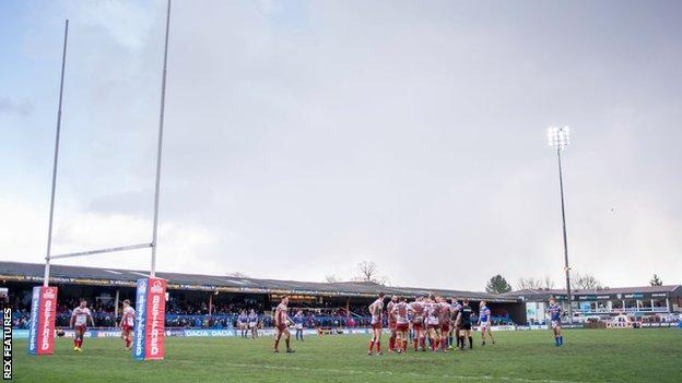 Wakefield Trinity in action